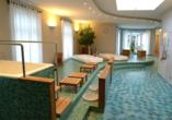 Lassen Sie sich im Wellnessbereich des Hotels verwöhnen.