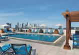 Entdeckerreise Dubai und Abu Dhabi, Außenpool