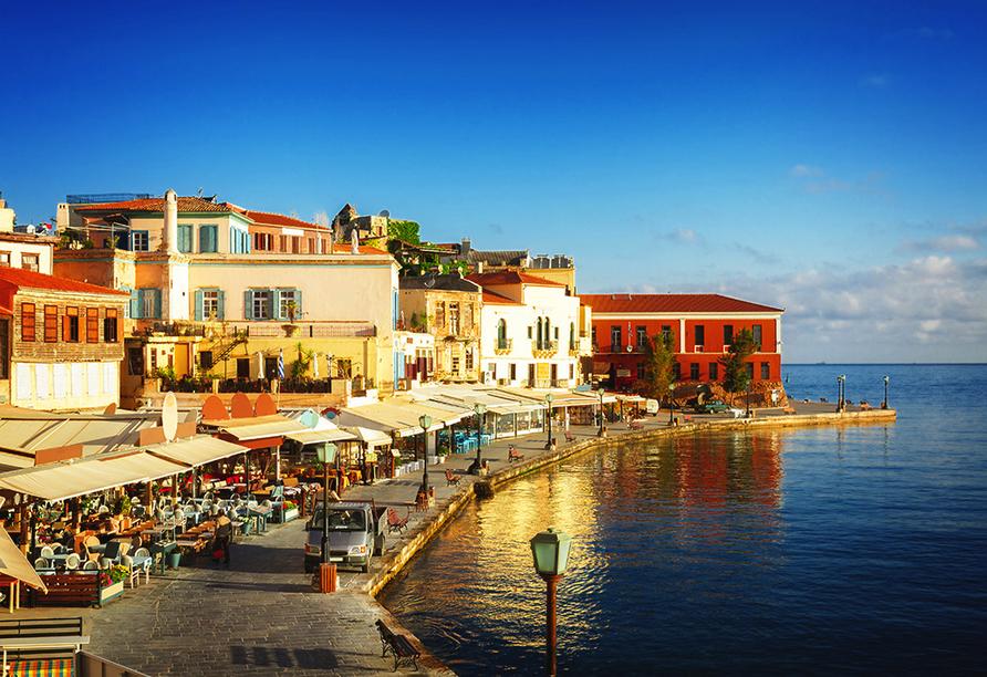 In die Hafenstadt Chania führt Sie einer der drei inkludierten Ganztagesausflüge.