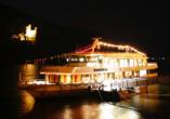 Hoteltraube in Rüdesheim, MS RheinDream bei Nacht