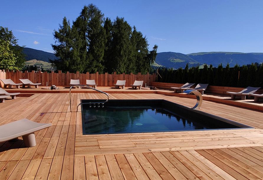 Linta Hotel Wellness & Spa in Asiago Trentino-Südtirol, Außenpool