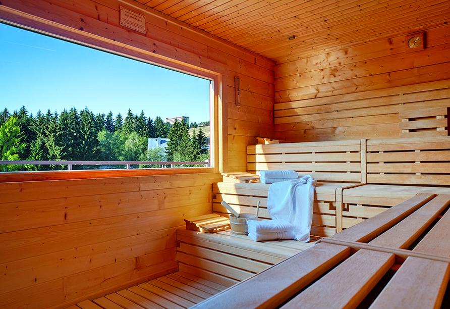 Best Western AHORN Hotel Oberwiesenthal, Sauna mit Ausblick im Sommer