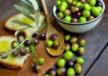 Probieren Sie die leckeren, frischen Oliven – im Urlaubsland schmecken Sie doch gleich noch viel besser!