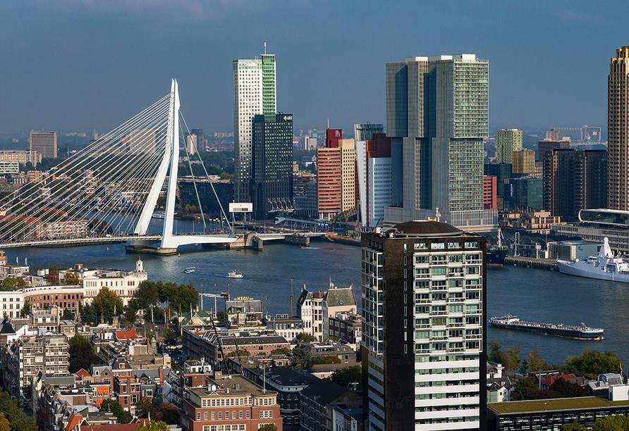 Die Skyline von Rotterdam in den Niederlanden