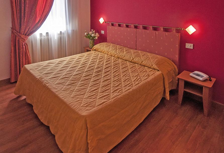Hotel Villa Paradiso in Passignano sul Trasimeno, Zimmerbeispiel
