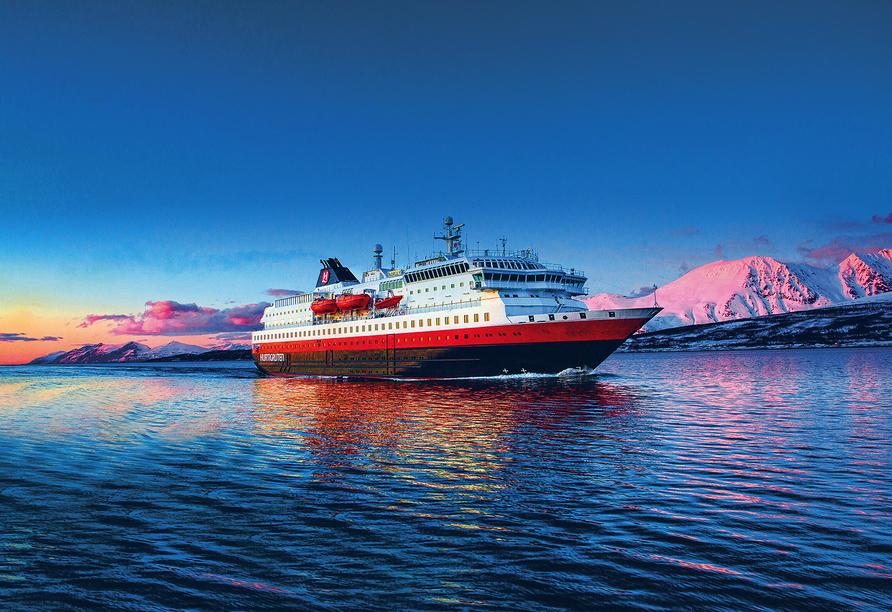 MS Nordnorge, Außenansicht