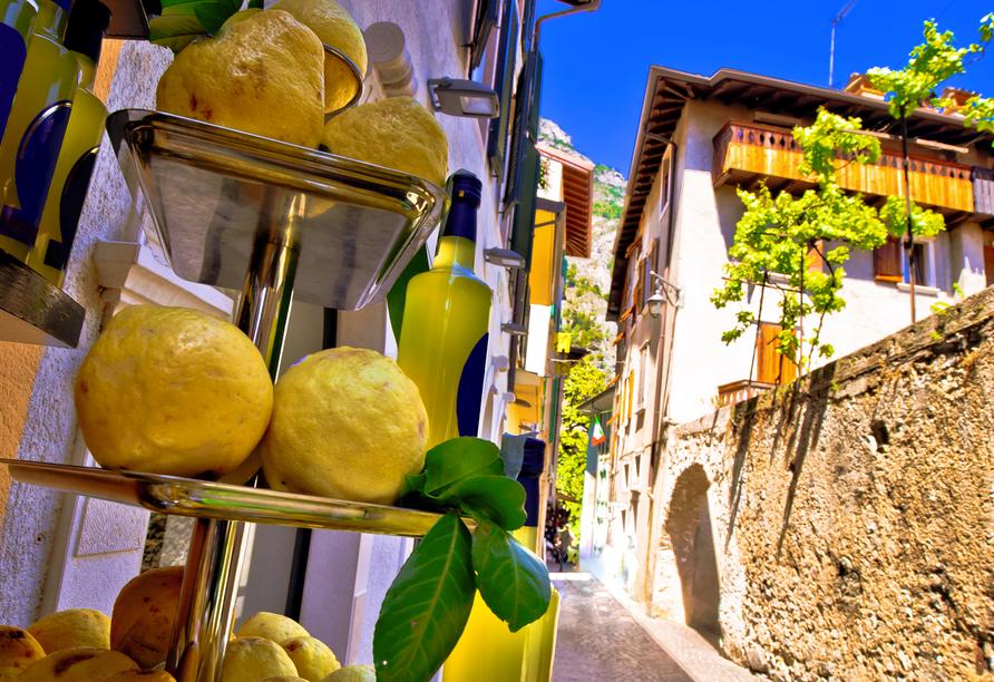 Limone sul Garda in der Lombardei am Gardasee