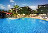 Club Hotel Titan in Alanya, Außenpool