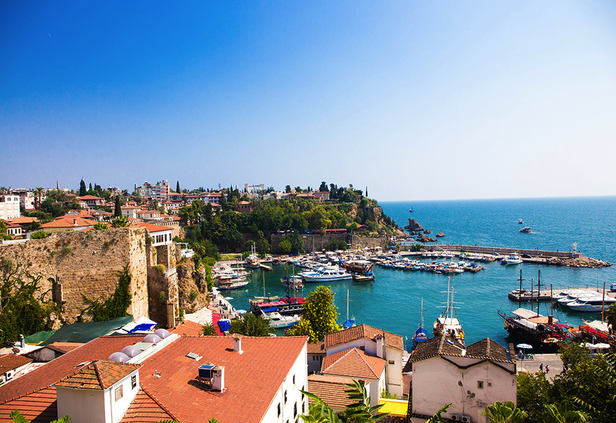 Club Hotel Titan in Alanya, Hafen Antalya