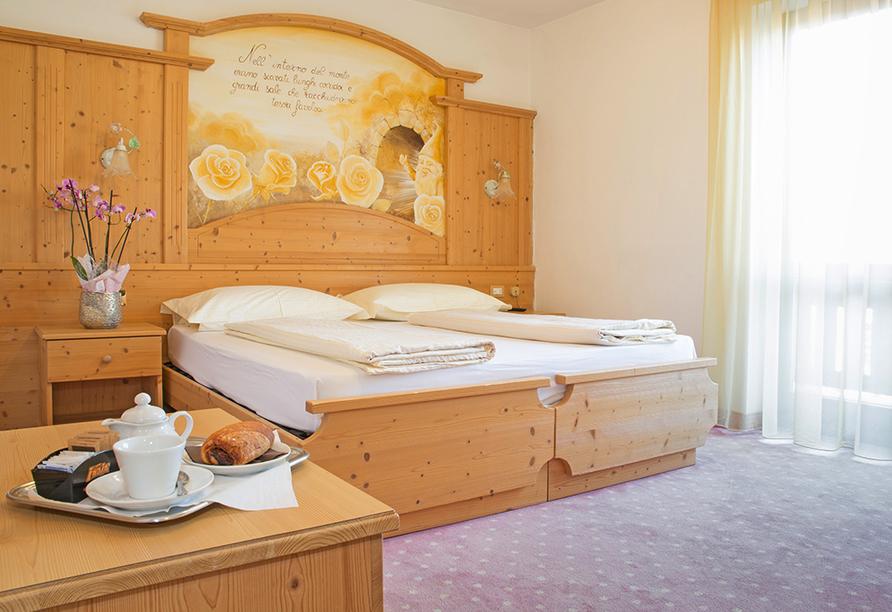 Hotel San Valier in Cavalese, Trentino Südtirol, Zimmerbeispiel Comfort