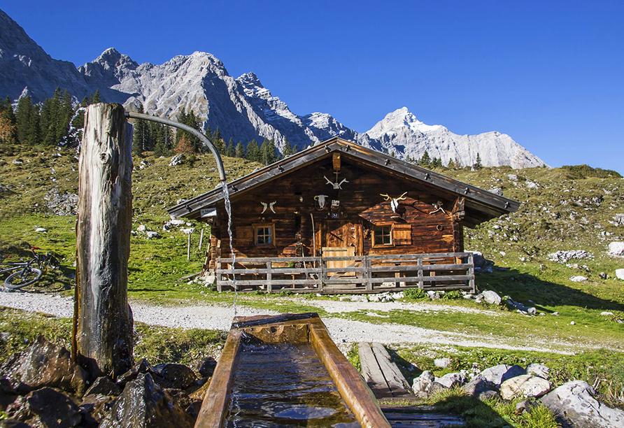 Hotel Taxacher in Kirchberg, Tirol, Österreich, Almhütte