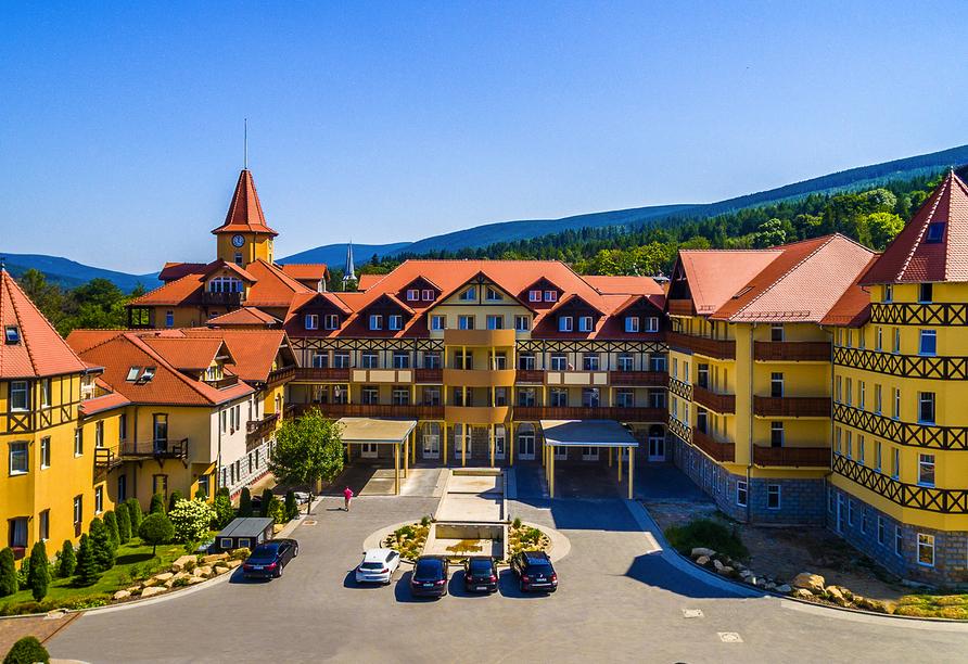 St. Lukas Sanatorium Hotel in Bad Flinsberg, Außenansicht