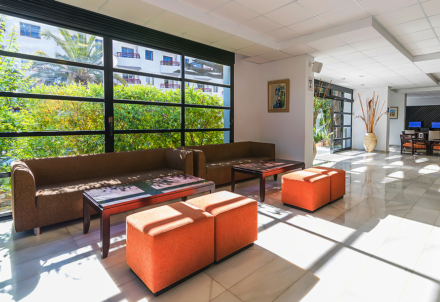 Hotel azuLine Mar Amantis in Bahia de San Antonio, Rezeption Mar Amantis II