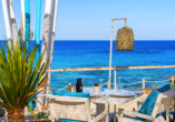 Hotel azuLine Mar Amantis in Bahia de San Antonio, Restaurant am Strand von Cala Nova