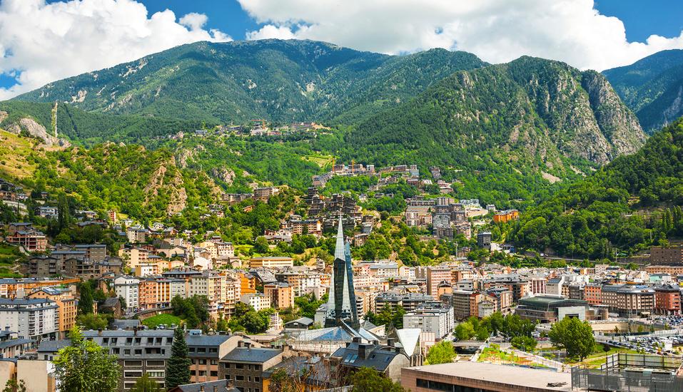 Andorra la Vella, die eindrucksvolle Hauptstadt Andorras, wird Sie begeistern!
