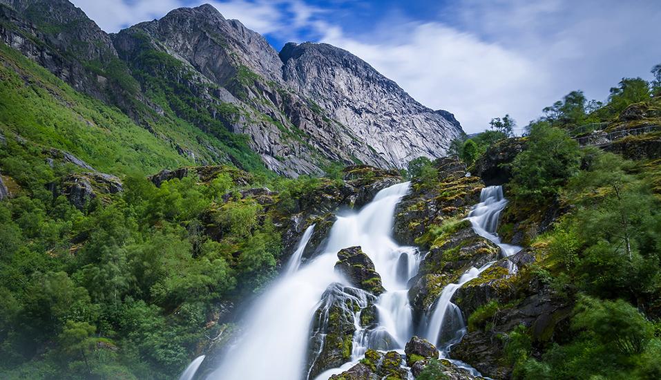 MSC Poesia, Wasserfall