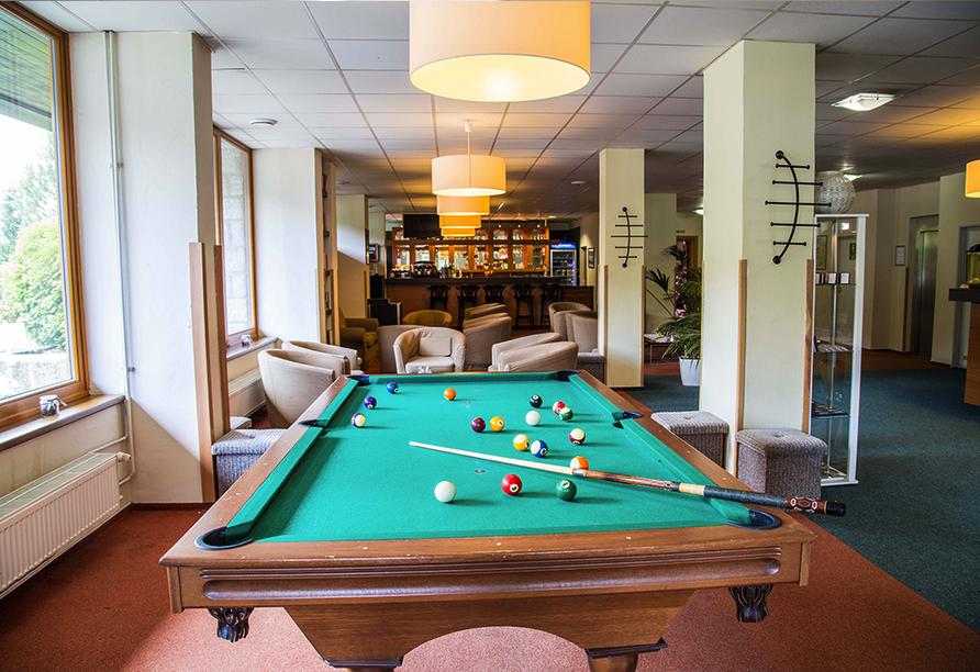 Parkhotel Harrachov im Riesengebirge, Billardtisch