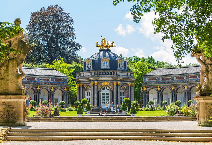 WAGNERS Hotel + Restaurant im Fichtelgebirge in Warmensteinach, Neues Schloss Bayreuth