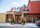 Golf Hotel Morris in Marienbad in Tschechien, Außenansicht Winter