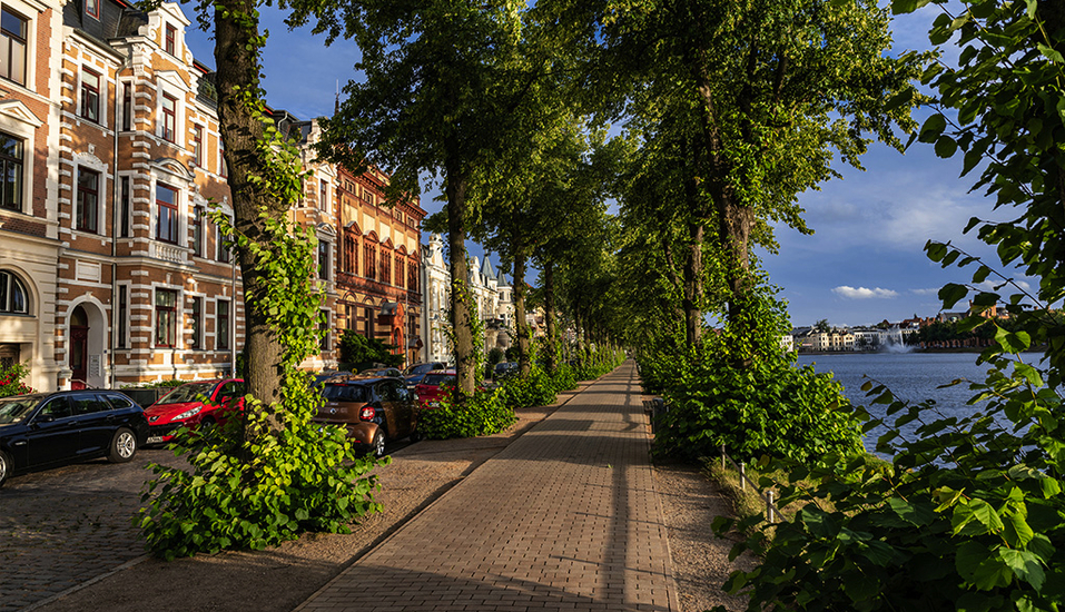 Casilino Hotel Schweriner Tor, Radweg am See