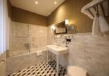 The Lakeside Burghotel zu Strausberg, Badezimmer Beispiel