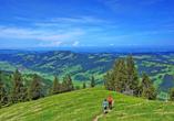 Bewandern Sie die faszinierende Bergwelt der Bayerischen Alpen.