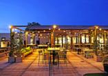 Verbringen Sie entspannte Stunden auf der großen Dachterrasse des GuestHouse Hotel Kaatsheuvel.