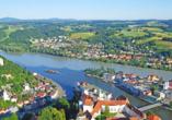 In Passau treffen die drei Flüsse Donau, Inn und Ilz aufeinander.