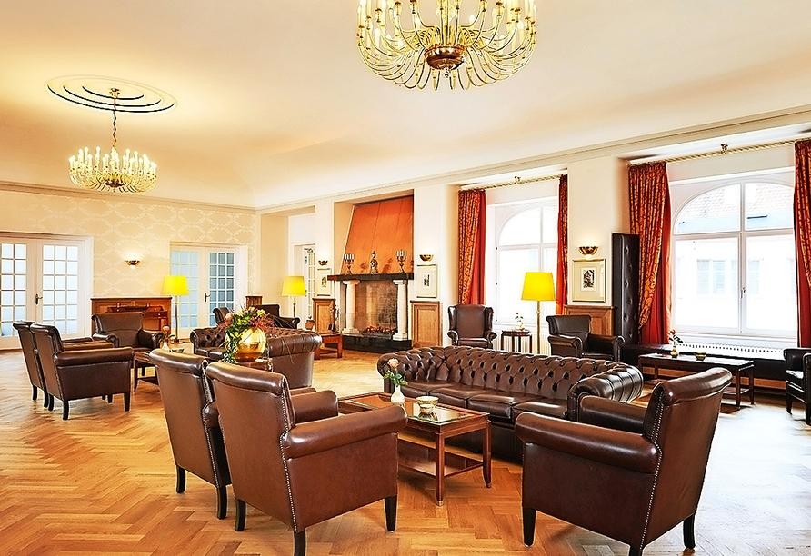 Entspannen Sie in der Lobby bei einem Kaffee und lassen Sie Ihre Urlaubserfahrungen Revue passieren.