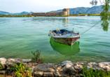 Rundreise durch Albanien, Boot in Butrint