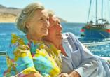 Blaue Reise Dalmatien, Paar auf Schiff