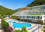 Herzlich willkommen im Hotelkomplex Maslinica Hotels & Resorts.