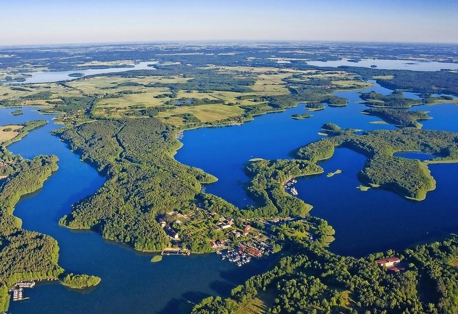 Lassen Sie sich von der einmaligen Natur der Masurischen Seenplatte beeindrucken.