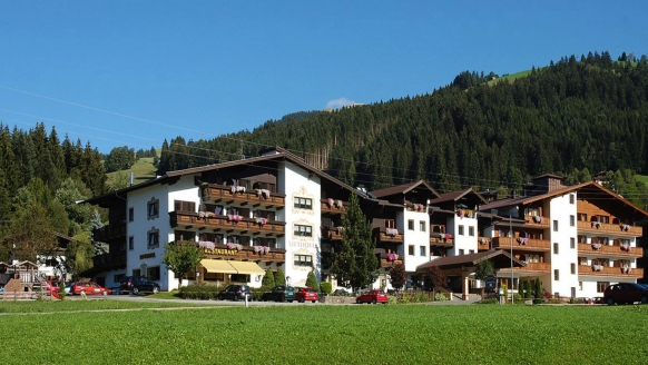 Lifthotel Aschaber in Kirchberg, Österreich, Außenansicht