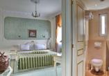 Beispiel für ein Doppelzimmer im Beispielhotel Queen's Astoria Design Hotel.