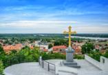 Ausblick über die serbische Stadt Sremski Karlovci.
