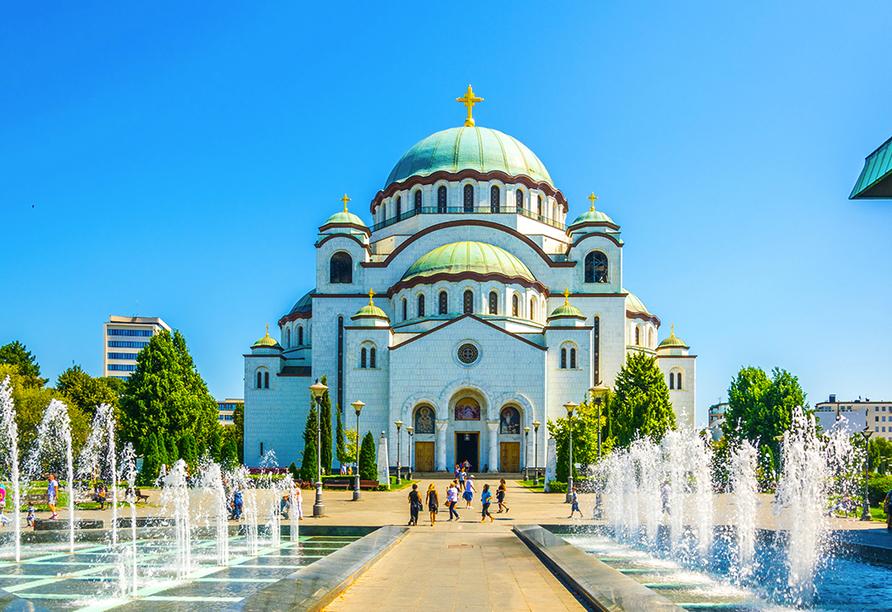 Der Dom Des Heiligen Sava in Belgrad.