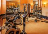 Im Fitnessraum des Häcker's Fürstenhof können Sie an Ihre Grenzen gehen – und darüber hinaus.