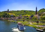 Die beschauliche Stadt Cochem mit der majestätischen Reichsburg ist auch nicht weit entfernt.