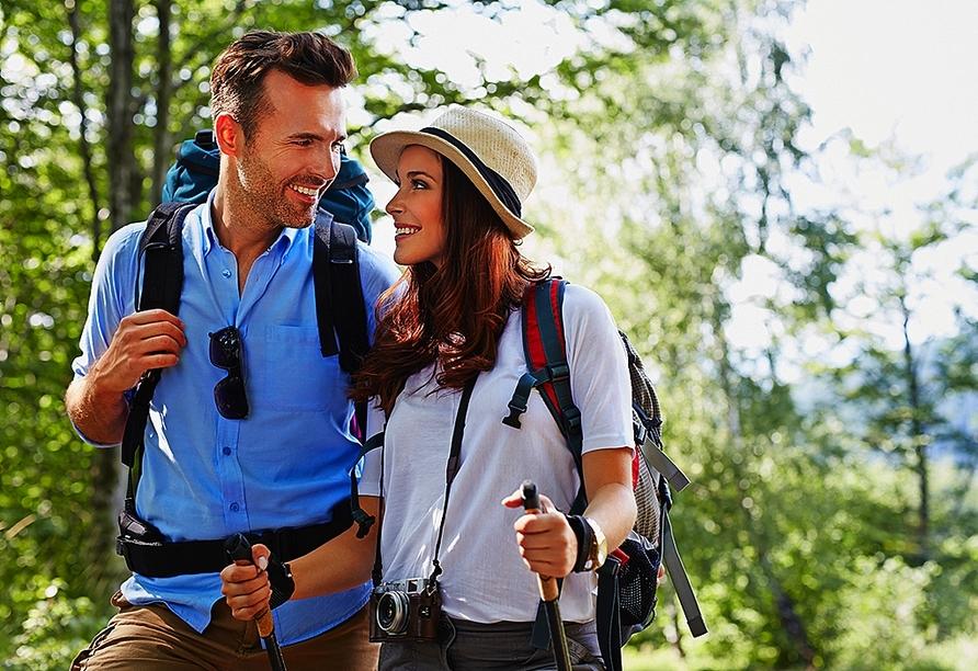 Ziehen Sie die Wanderschuhe an und erkunden Sie die Region rund um Bad Bertrich zu Fuß.