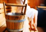Die Saunen des WellnessParadies bringen Sie gehörig ins Schwitzen.