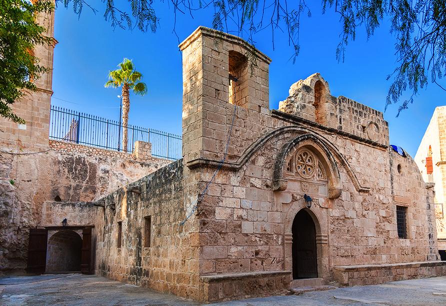Das mittelalterliche Kloster in Ayia Napa ist eines der Wahrzeichen Zyperns.