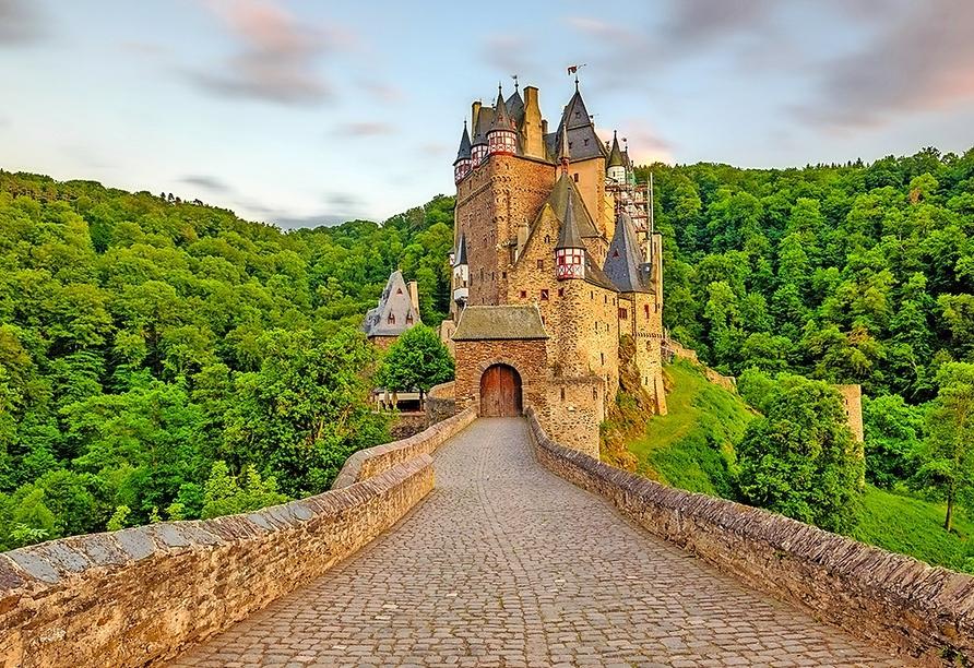 Besichtigen Sie die märchenhafte Burg Eltz