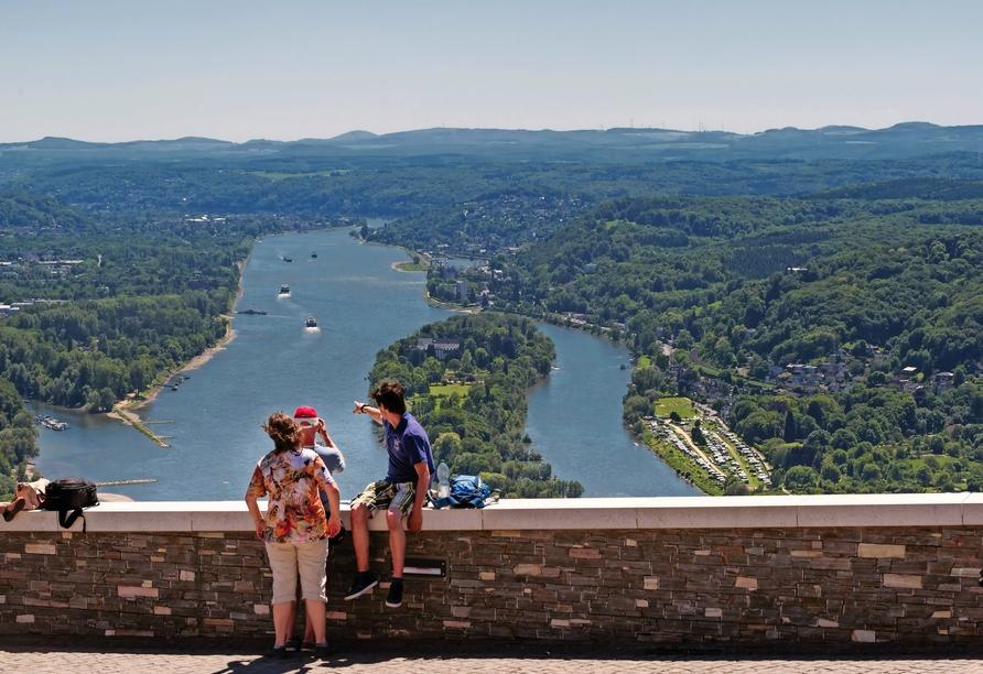 Das einzigartige Tal des Rheins bei Königswinter erwartet Sie mit atemberaubenden Ausblicken.