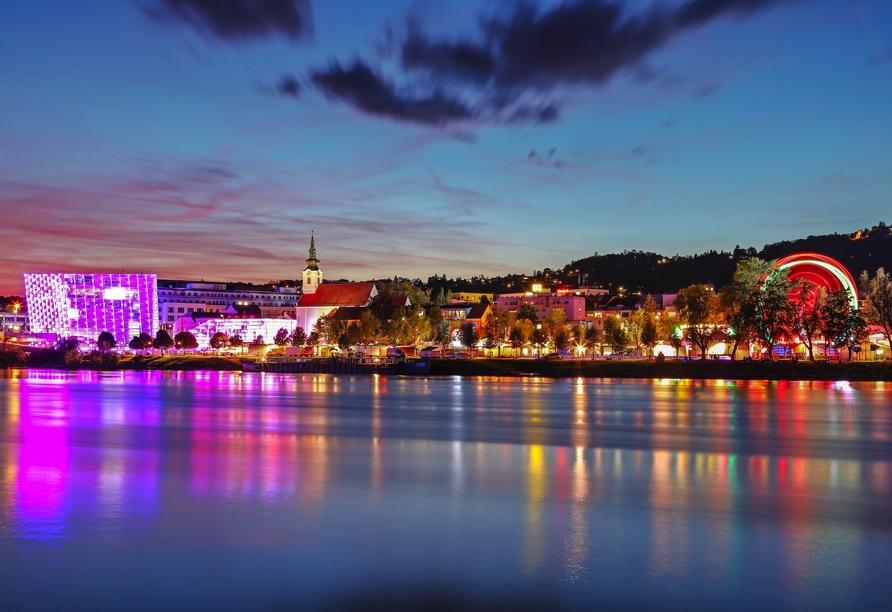 MS Albertina, Linz