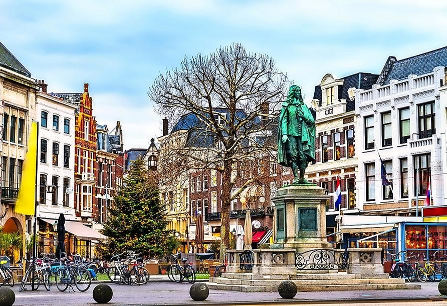 Best Western Hotel Den Haag, Statue Johan de Witt
