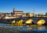 Malerisch liegt Blois an der Loire.