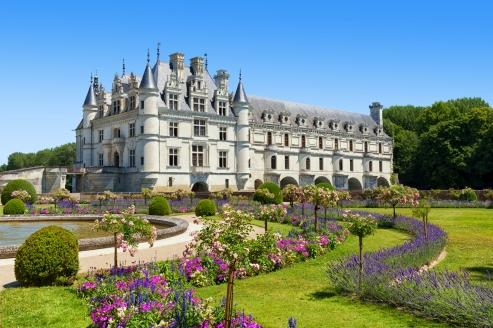 Malerische Schlösser, wie das Chateau Chenonceau, erwarten Sie auf Ihrer Reise.