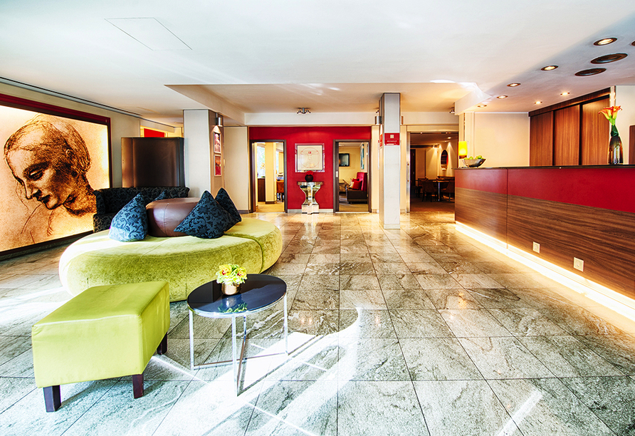 Lobby des Leonardo Hotels & Residenz München