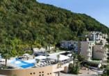 Rundreise Schweizer Seenzauber, Außenansicht Hotel Campione